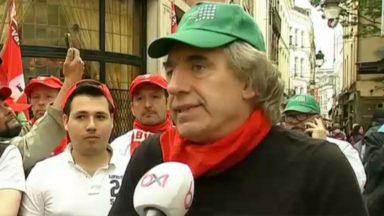 Le personnel de la brasserie «Aux armes de Bruxelles» est entré en grève