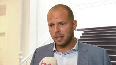 Theo Francken sur le futur centre d'accueil de réfugiés à Haren : «Cela ferait venir plus de migrants»