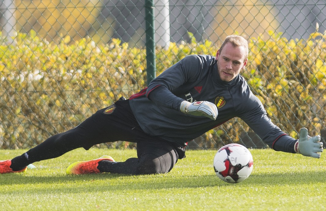 Belgium's goalkeeper Matz Sels pictured in action during a training of the Belgian national soccer team Red Devils, on Friday 11 November 2016, in Tubize. The Red Devils prepare a World Championships 2018 Qualification game against Estonia on November 13th. BELGA PHOTO LAURIE DIEFFEMBACQ