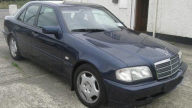 Une voiture fonce sur la police à Molenbeek : un avis de recherche lancé