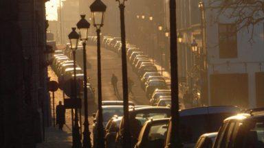 Le seuil d'information sur la concentration d'ozone dans l'air dépassé, notamment, à Berchem-Sainte-Agathe et Uccle