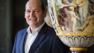"""Philippe Close et ses 21 mandats : """"Je n'exercerai pas de mandats autres que ceux en rapport avec le projet de bourgmestre"""""""