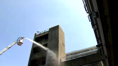 Incendie d'une tour à Londres: certains hauts buildings bruxellois «à risque»