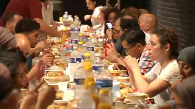Une rupture de jeûne entre musulmans et non-musulmans célébrée à Molenbeek