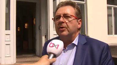 Malgré la sortie du cdH, le gouvernement bruxellois poursuit son travail… presque comme d'habitude
