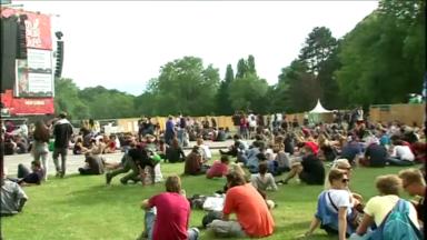 Les festivals wallons et bruxellois veulent aider les centres de vaccination