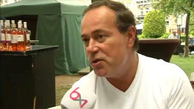 Que pensent les Ucclois de la démission d'Armand De Decker?