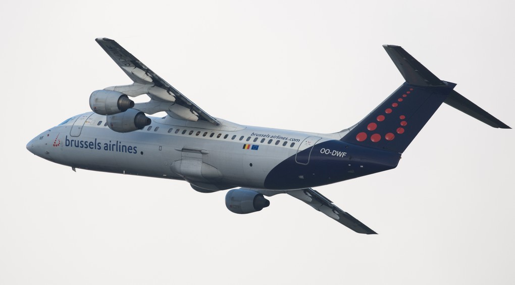 Illustration picture shows an Avro Brussels Airlines airplane taking off on Wednesday 06 April 2016 at Brussels airport in Zaventem. BELGA PHOTO BENOIT DOPPAGNE