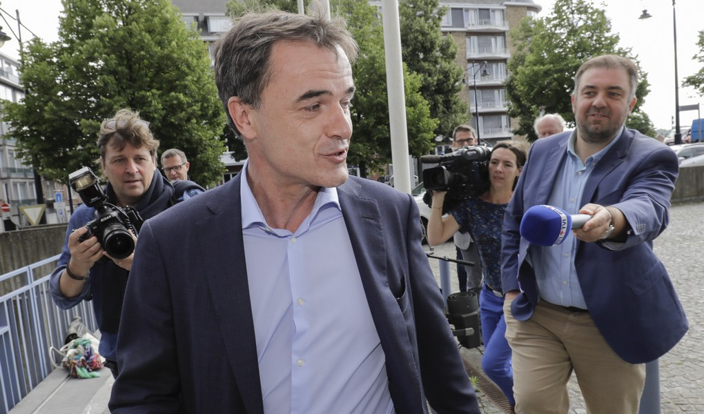 cdH chairman Benoit Lutgen arrives for a meeting between the chairmen of French-speaking Christian democrat humanist cdH, French-speaking green party Ecolo and French-speaking liberals MR in Namur, Tuesday 11 July 2017. cdH invited other parties to find new majorities without socialists in regional governments. BELGA PHOTO THIERRY ROGE