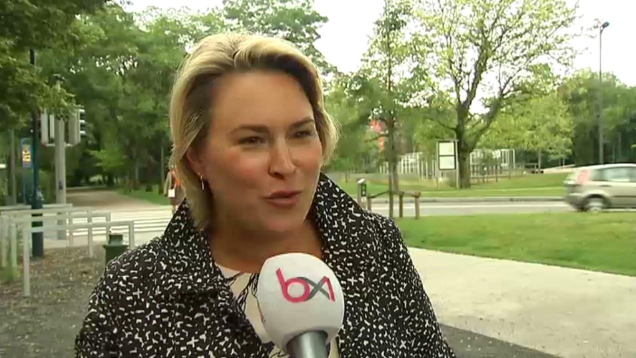 Céline Fremault - BX1