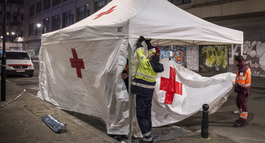 Illustration picture shows the Red Cross/ Rode Kruis/ Croix Rouge during the New Year day, Sunday 01 January 2017, in Brussels.  BELGA PHOTO ANTHONY DEHEZ