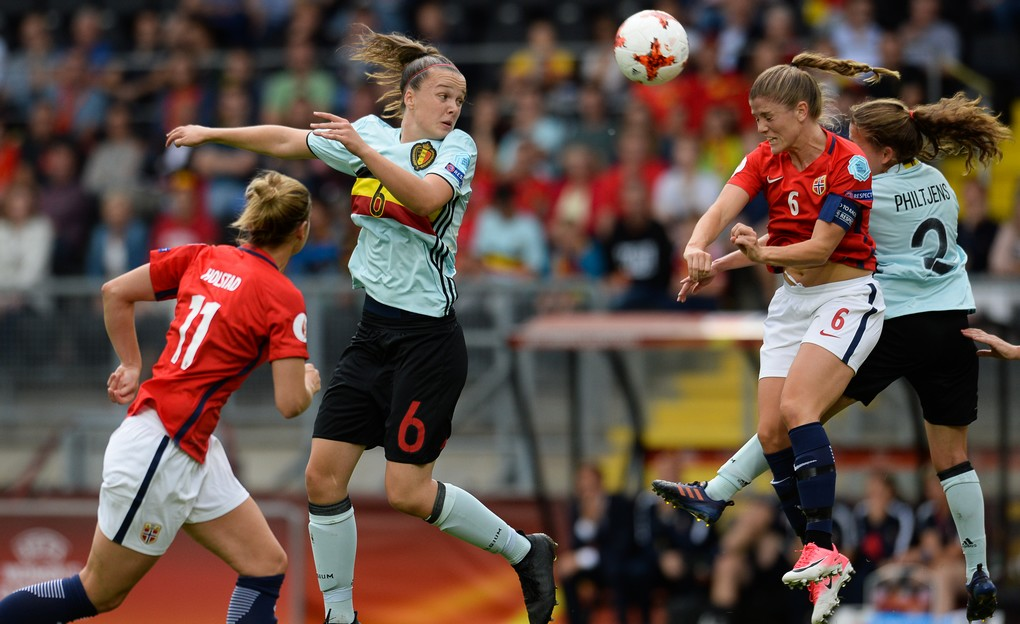 Belgium's Tine De Caigny and Norway's Maren Mjelde pictured in action during a soccer game between Belgian national women's soccer team Red Flames and Norway, the second game in group A in the group stage of the Women's European Championship 2017 in the Netherlands, Thursday 20 July 2017 in Breda, The Netherlands. BELGA PHOTO DAVID CATRY