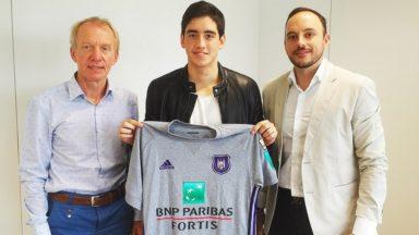 Le RSC Anderlecht loue un jeune médian paraguayen de 19 ans