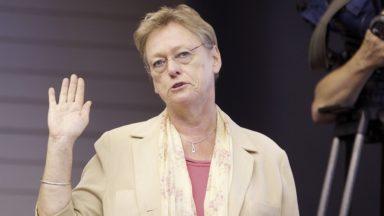 Ganshoren : la première échevine Michèle Carthé poursuit le Collège en justice