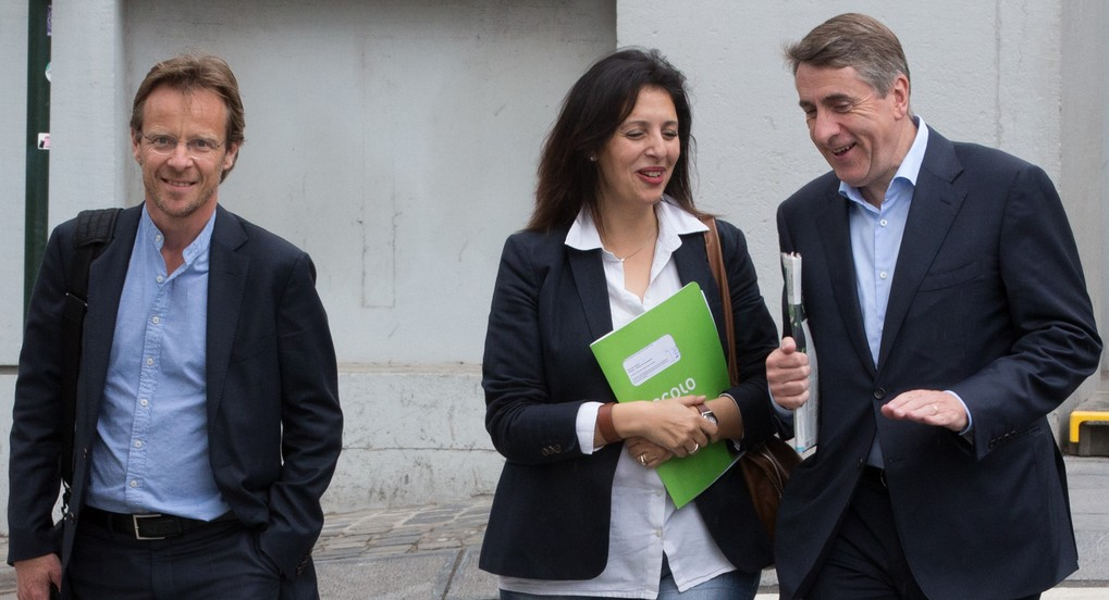 Ecolo chairman Patrick Dupriez, Ecolo co-chairwoman Zakia Khattabi and DeFI chairman Olivier Maingain arrive for a meeting between the chairmen of French-speaking ecologists Ecolo and French-speaking DeFi in Brussels, Wednesday 28 June 2017. cdH announced their unwillingness to continue the coalitions with socialists PS, resulting in talks for new majorities for the Regional Governments. BELGA PHOTO BENOIT DOPPAGNE