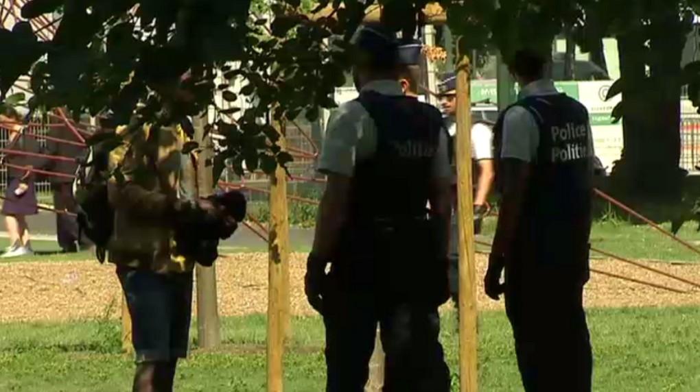 Police - Parc Maximilien - Réfugiés