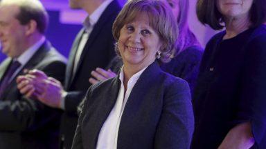 Registre linguistique : DéFI introduit un recours au Conseil d'État contre Liesbeth Homans