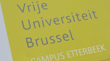 Etterbeek : la VUB enquête sur des jeunes N-VA qui auraient volé des banderoles à des sans-papier