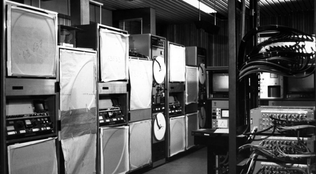 19740102 - BRUSSELS, BELGIUM (FILE) : This file picture dated 2 January 1974 is about the setting of RTB-BRT new control room. The control room was at Brussels. On the picture : equipments of the control room. BELGA PHOTO ARCHIVES