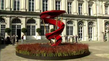 Une œuvre florale signée Daniël Ost au palais d'Egmont pour fêter le 21 juillet
