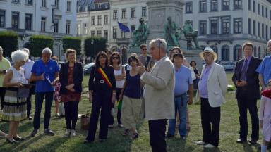 Rassemblement en hommage à Simone Veil devant le Parlement européen à Bruxelles