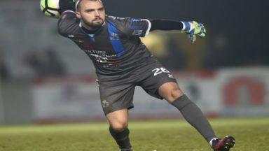 Adrien Saussez signe un nouveau contrat à l'Union Saint-Gilloise