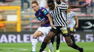 Jupiler Pro League : Charleroi se paie Anderlecht (2-0), bloqué à quatre points sur neuf