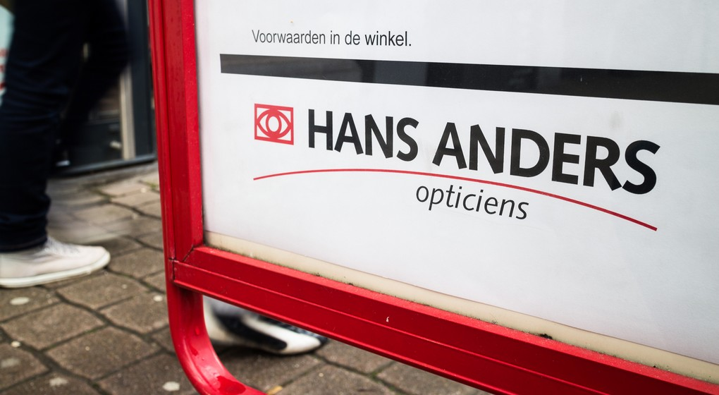 20140221 - HALLE, BELGIUM: Illustration picture shows the logo of Hans Anders opticians, Friday 21 February 2014, in Halle. Today Hans Anders announced it aims to open 25 to 35 new stores in Belgium within the next 6 years.  BELGA PHOTO SISKA GREMMELPREZ
