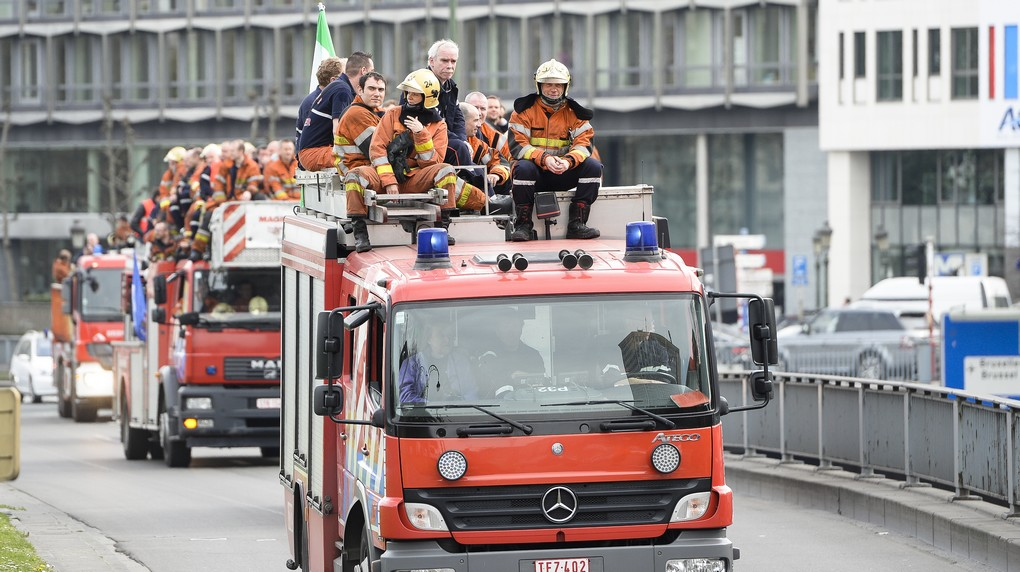 20140402 - BRUSSELS, BELGIUM: Illustration picture shows a protest action of firemen at a workers meeting of the firemen department of christian union ACV/CSC, Wednesday 02 April 2014 in Brussels. BELGA PHOTO LAURIE DIEFFEMBACQ