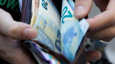 La moitié des employés bruxellois gagne 3.100 euros ou plus