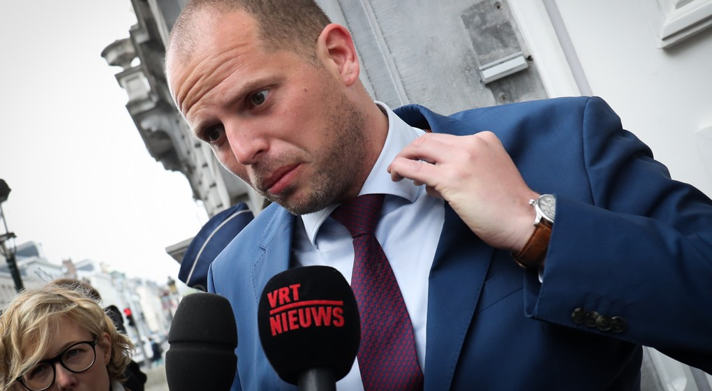 State Secretary for Asylum Policy, Migration and Administrative Simplification Theo Francken arrives for a Minister's council meeting of the Federal Government in Brussels, Friday 28 April 2017. BELGA PHOTO VIRGINIE LEFOUR