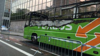 Bruxelles: un bus d'une compagnie privée incendié cette nuit