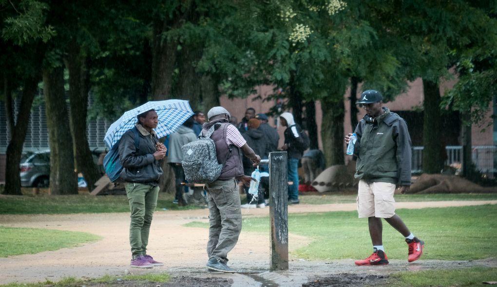 Sept mineurs parmi les trente migrants interpellés au parc Maximilien