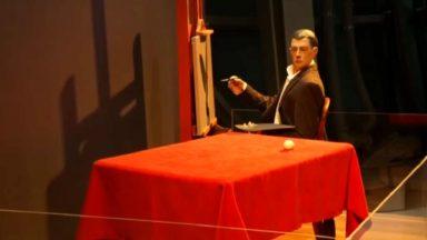 René Magritte succède à la Sabena comme exposition temporaire à l'Atomium
