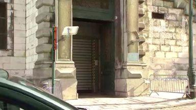 Report d'audiences ce jeudi à cause d'une porte du Palais de justice défaillante
