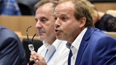 Linkebeek : le MR accusé d'avoir aidé à la non-nomination du bourgmestre Yves Ghequière