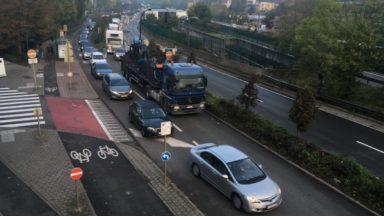 Fermeture du viaduc Herrmann-Debroux : des files dans les tunnels bruxellois