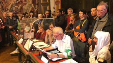 Des associations réclament un meilleur accueil des sans-papiers et des migrants à la Ville de Bruxelles