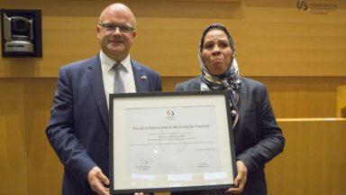 Le prix de la Démocratie et des Droits de l'Homme du Parlement de la FWB remis à Latifa Ibn Ziaten