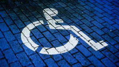 Les personnes à mobilité réduite peuvent demander une dérogation pour circuler à Bruxelles