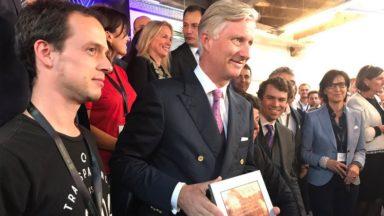 Le Roi a inauguré BeCentral, l'espace de formation numérique installé à Bruxelles-Central