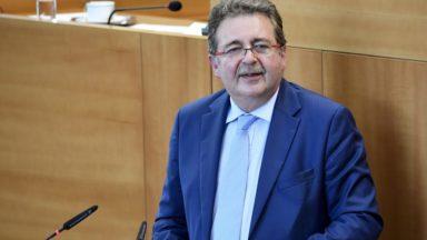 """Un """"nouveau modèle bruxellois"""" : Vervoort et Smet suivent la proposition d'Ecolo, Chastel veut discuter"""