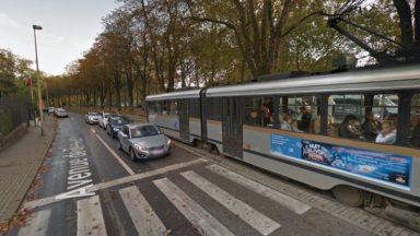 Woluwe-Saint-Pierre : une dame heurtée par un tram à l'arrêt Jules César