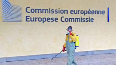 Un dépistage au glyphosate organisé devant la Commission européenne