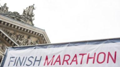 Protestation contre la privatisation de Belfius au départ du marathon de Bruxelles