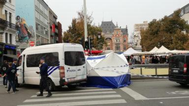 Un homme mortellement poignardé sur la place Rouppe : les dernières infos