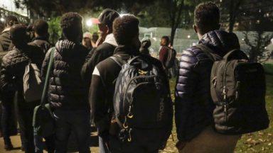 Près d'un migrant en transit sur cinq a en fait été comptabilisé deux fois, révèle l'Office des Étrangers