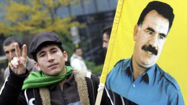 Deux cent Kurdes ont manifesté place de la Monnaie pour la libération d'Abdullah Öcalan