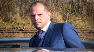 La communication de Francken sur les réseaux sociaux critiquée par les partis flamands
