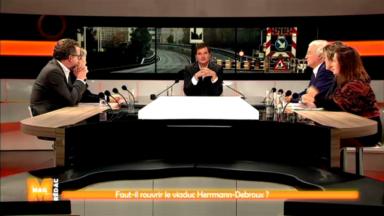 Faut-il rouvrir le viaduc Hermann-Debroux ? Débat animé dans M